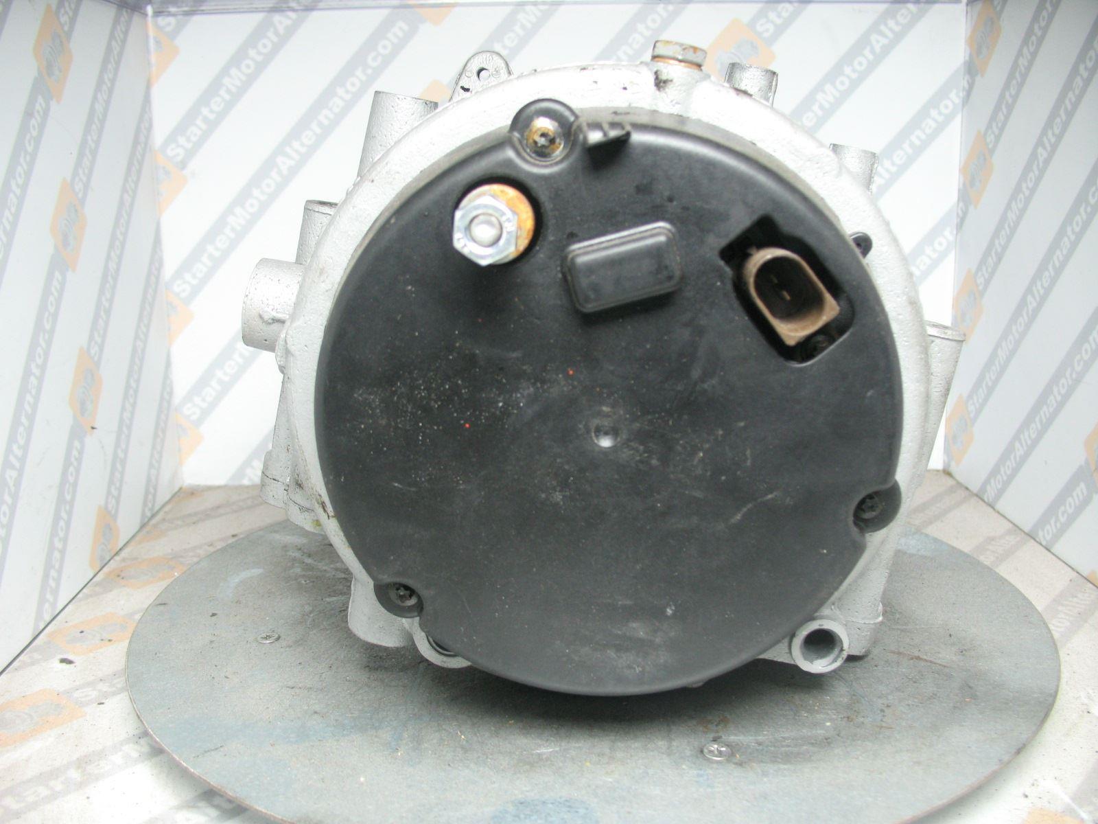XIC1677 Alternator For Mercedes Benz