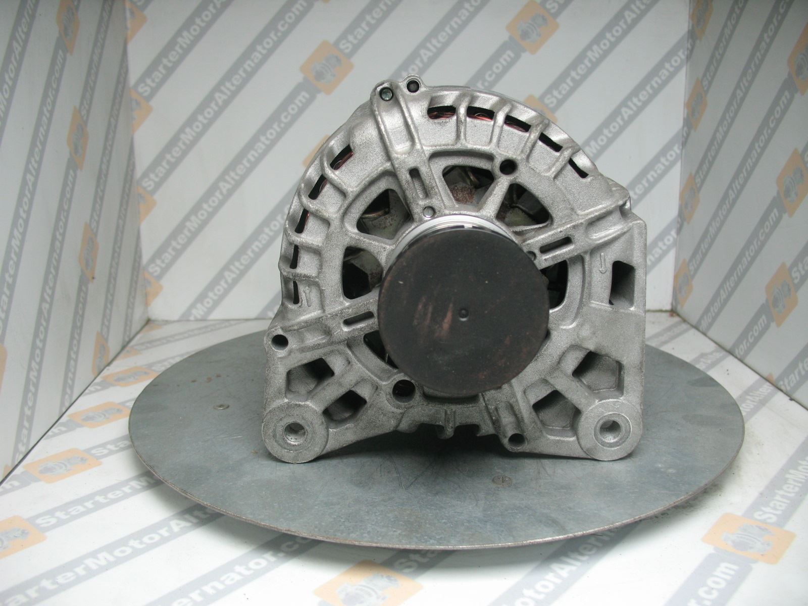 XIK3317 Alternator For Nissan / Opel / Renault / Vauxhall